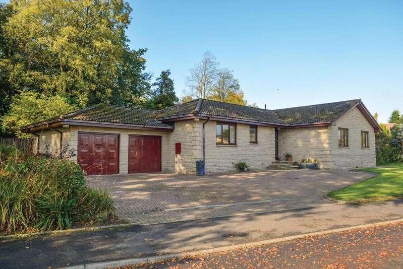 4 Bedrooms Detached Bungalow for sale in Deanston Gardens, Deanston, Doune, FK16 6AZ
