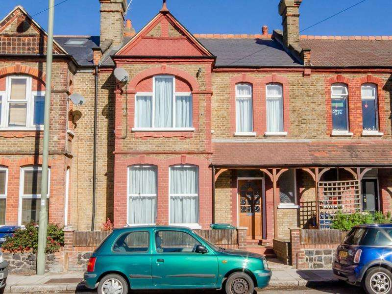 4 Bedrooms Terraced House for sale in East End Road, N2