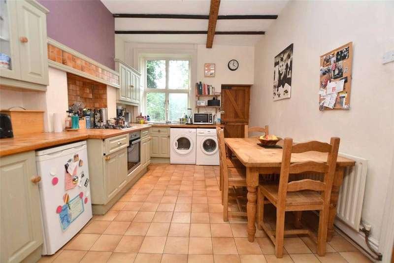 3 Bedrooms Terraced House for sale in Upper Town Street, Bramley, Leeds, West Yorkshire