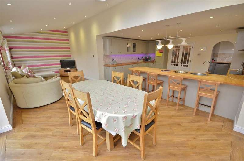 4 Bedrooms Detached House for sale in Willenhall Close, Barton Hills