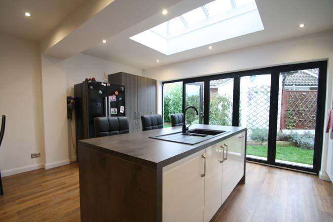 6 Bedrooms Detached House for sale in Rochford SS4