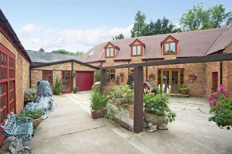 6 Bedrooms Cottage House for sale in Ryans Cottage, Adstock, Buckinghamshire
