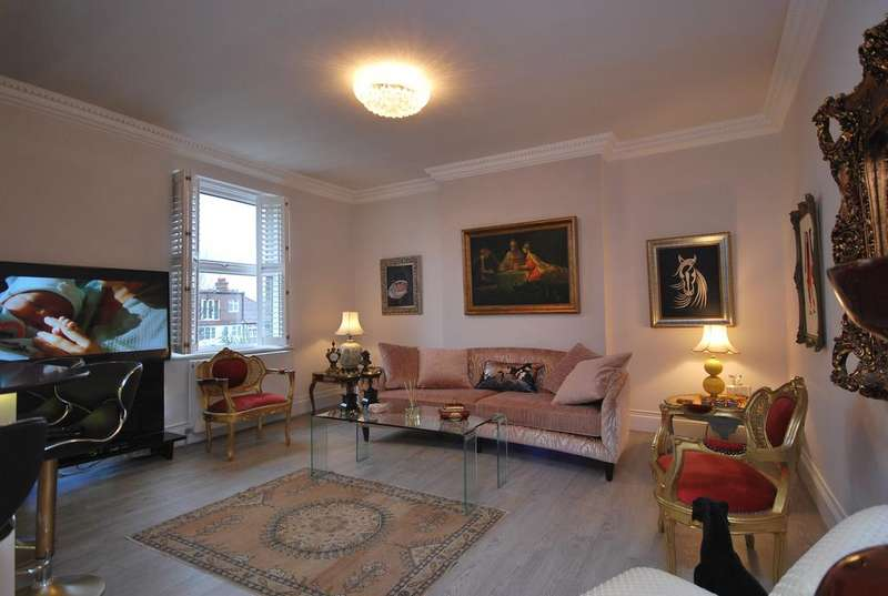 3 Bedrooms Flat for sale in Cavendish Avenue N3