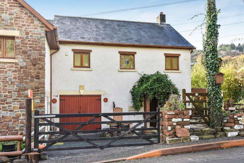 3 Bedrooms House for sale in Clydach (north), Abergavenny NP7, NP7