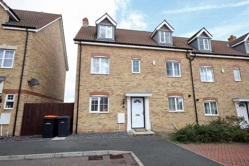 5 Bedrooms Semi Detached House for sale in Kenwyn Close, Bedford
