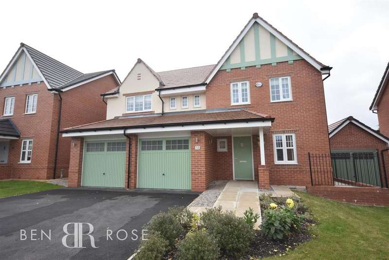 5 Bedrooms Detached House for sale in Hampton Grove, Leyland