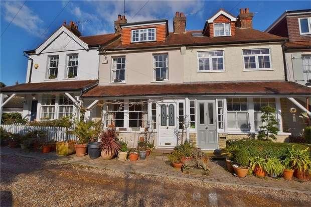 2 Bedrooms Terraced House for sale in Glebe Lane, Barnet, Hertfordshire