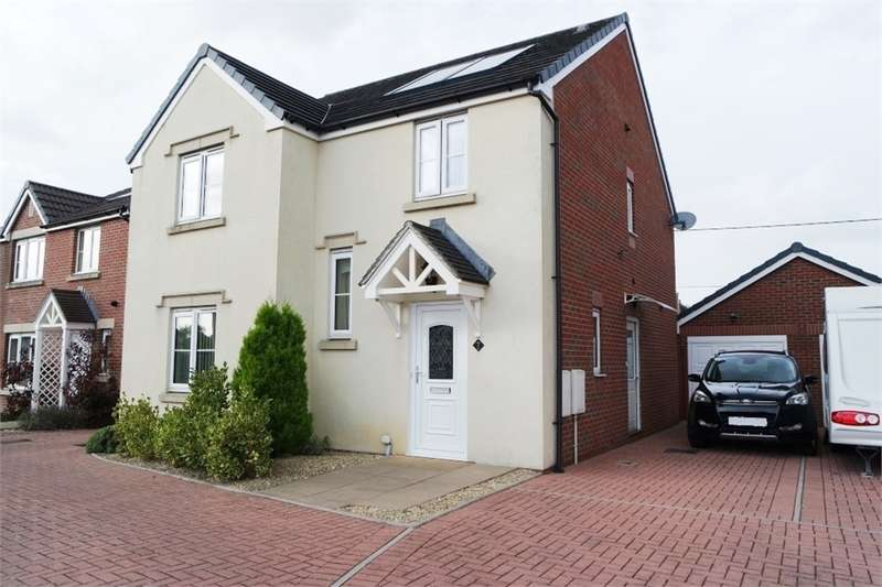 4 Bedrooms Detached House for sale in Clos Cae Ffynnon, North Cornelly, Bridgend, Mid Glamorgan