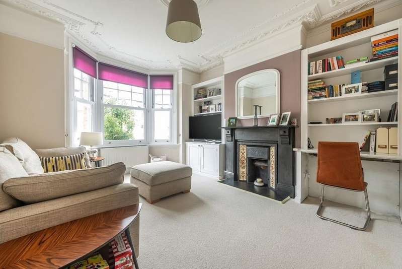 3 Bedrooms Terraced House for sale in Pelham Road, South Woodford