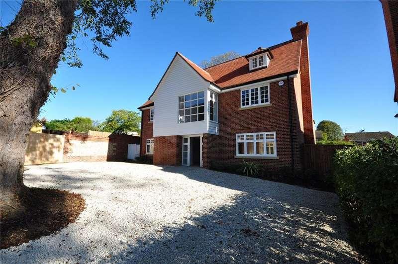 5 Bedrooms Detached House for sale in Wallen Park, Springhall Road, Sawbridgeworth, Hertfordshire, CM21