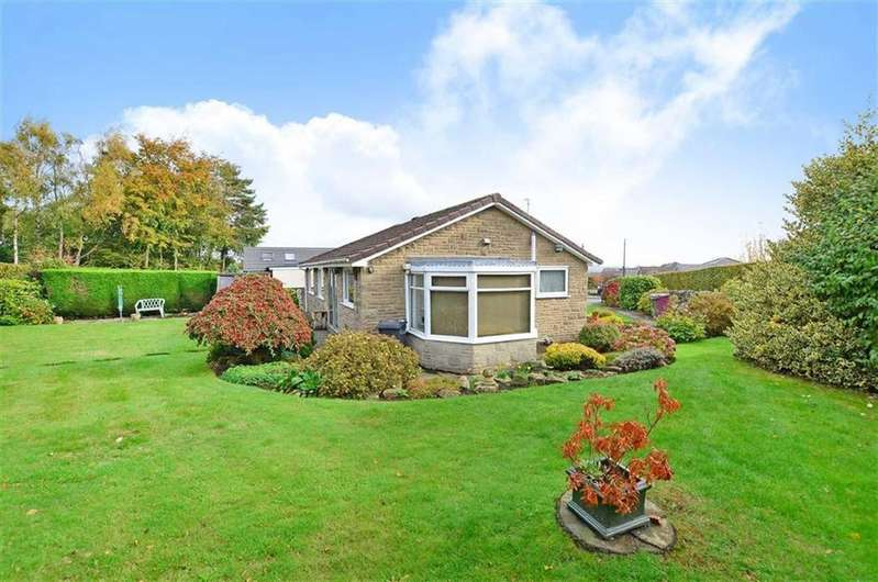 2 Bedrooms Bungalow for sale in 36, Green Lea, Dronfield Woodhouse, Dronfield, Derbyshire, S18