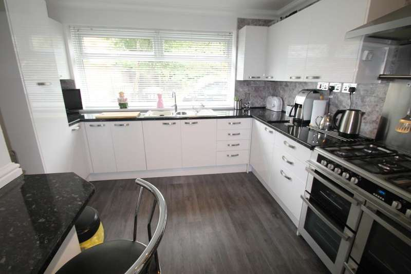 4 Bedrooms End Of Terrace House for sale in High Street, Rhymney, Caerphilly Borough, NP22 5NB