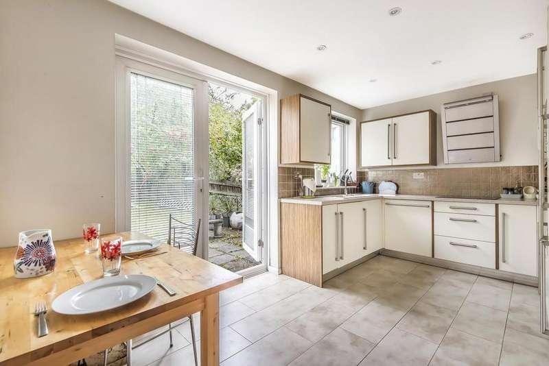 3 Bedrooms Terraced House for sale in Casterbridge Road, Blackheath