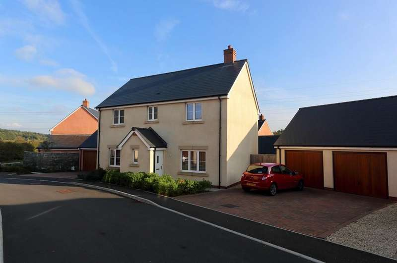 4 Bedrooms Detached House for sale in Clos Melin Coed, Little Mill