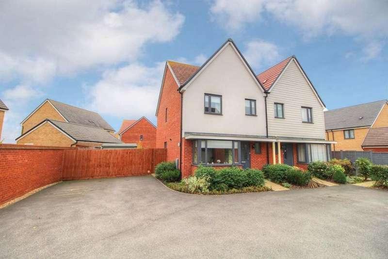 3 Bedrooms Semi Detached House for sale in Ashpole Avenue, Wootton, MK43