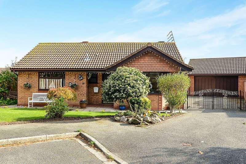 2 Bedrooms Detached Bungalow for sale in Heol Dewi, Pensarn, Abergele, LL22