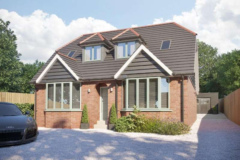 4 Bedrooms Detached House for sale in Swanmore, Hampshire