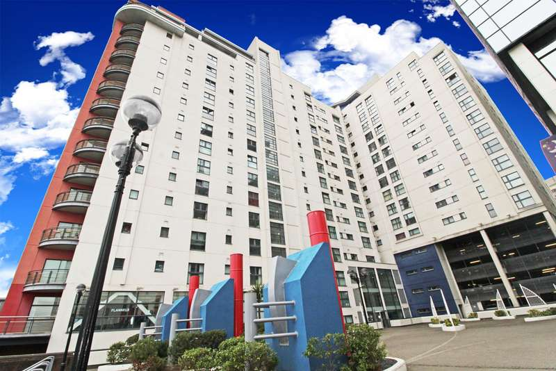3 Bedrooms Property for sale in Landmark Place, Churchill Way, Cardiff