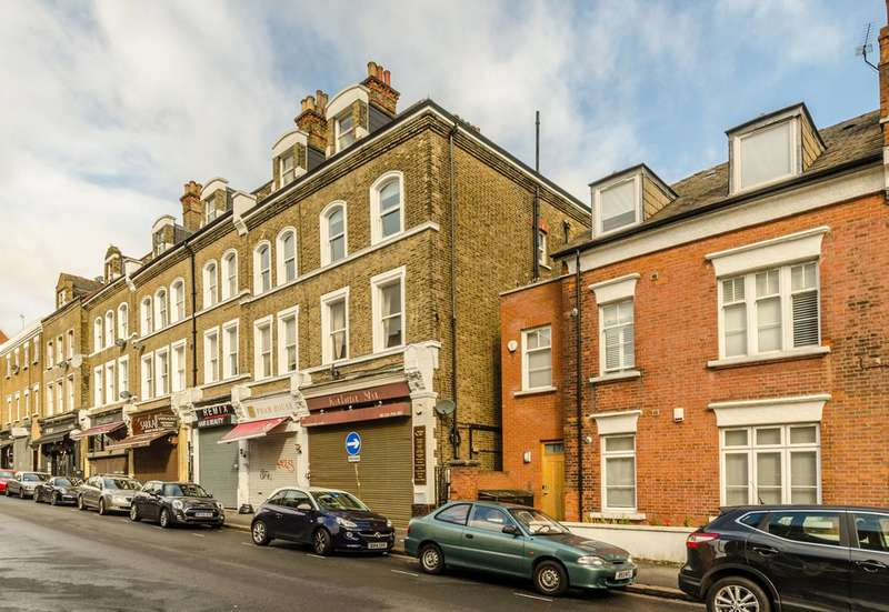1 Bedroom Flat for sale in Broadhurst Gardens, West Hampstead, NW6