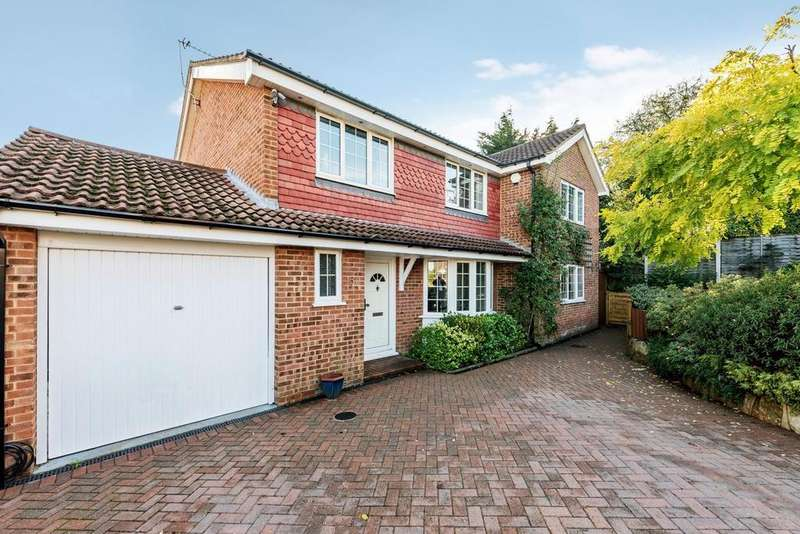 5 Bedrooms Detached House for sale in Stewart Close, Chislehurst