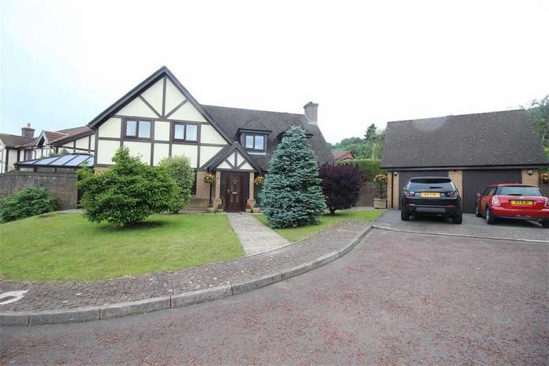 5 Bedrooms Detached House for sale in Oakleigh Court, Henllys