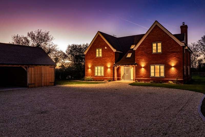 4 Bedrooms Detached House for sale in Argyll House, Lewknor, OX49