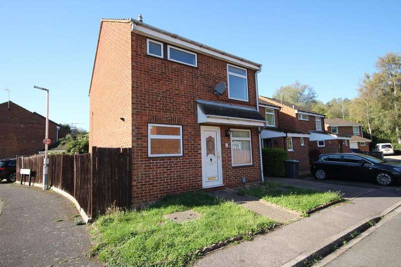 3 Bedrooms House for sale in Town Meadow Drive, Shefford, SG17