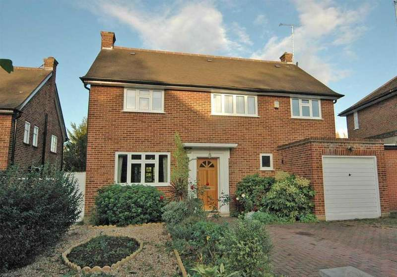5 Bedrooms House for sale in The Ridings, Haymills Estate, Ealing, London