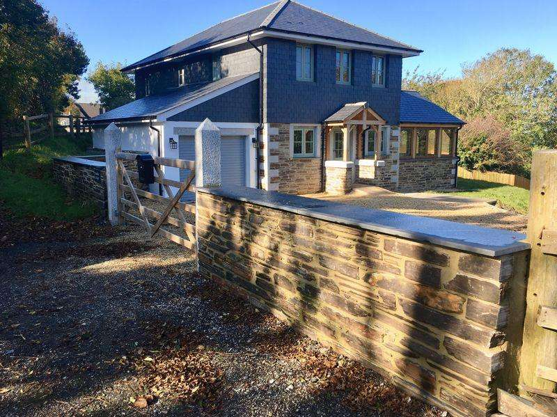 3 Bedrooms Detached House for sale in Mount Pleasant, Boscastle