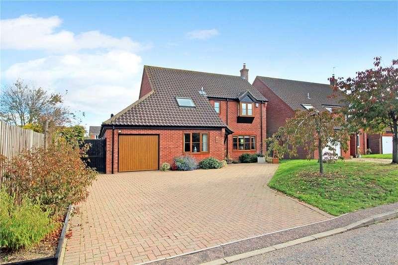 4 Bedrooms Detached House for sale in Jenkinson Pightle, Woodton (Close To Hempnall), Bungay, NR35