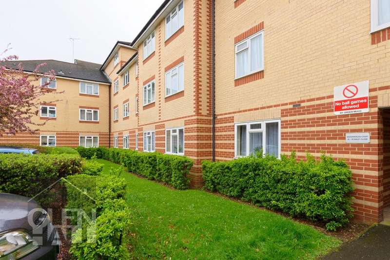 1 Bedroom Flat for sale in Bailey Close, Bounds Green, London, N11