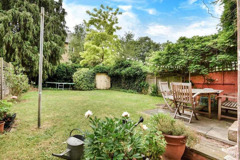 5 Bedrooms Semi Detached House for sale in Coldharbour Lane, Brixton