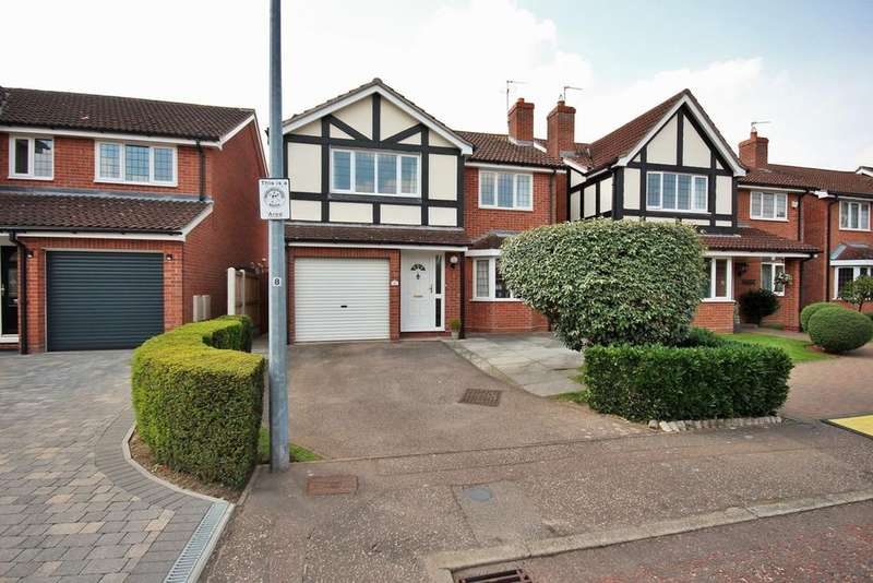 4 Bedrooms Detached House for sale in Regency Green, Colchester, CO3