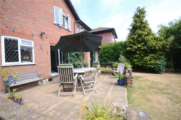 4 Bedrooms Detached House for sale in Moor End, Maidenhead, Berkshire