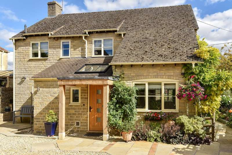 3 Bedrooms Detached House for sale in Woodmancote
