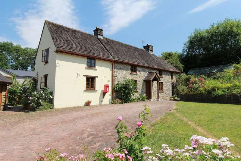 3 Bedrooms Cottage House for sale in Coedypaen, Pontypool, NP4