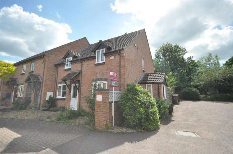 2 Bedrooms Semi Detached House for sale in Hollytree Lane, Long Clawson, Melton Mowbray