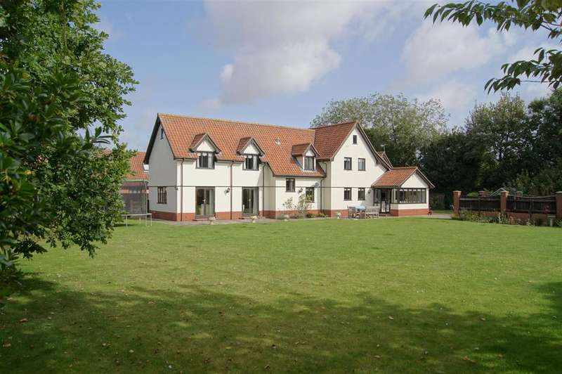 5 Bedrooms Detached House for sale in Tailors Green, Bacton