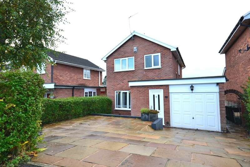 3 Bedrooms Detached House for sale in St Austell Avenue, Macclesfield