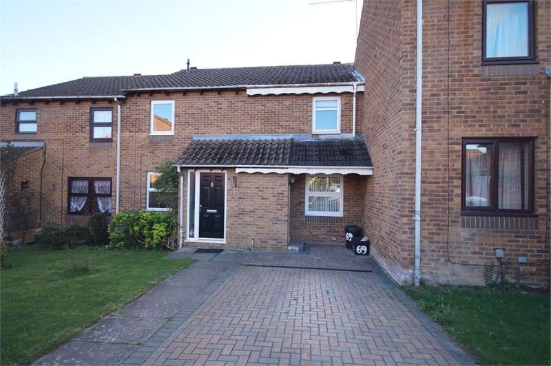 2 Bedrooms Terraced House for sale in Bridport Close, Lower Earley, READING, Berkshire