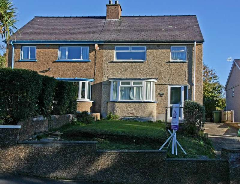 4 Bedrooms Semi Detached House for sale in Belmont Road, Bangor, North Wales