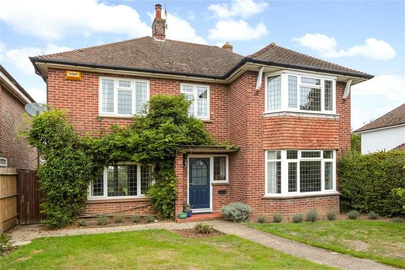 4 Bedrooms Detached House for sale in Cornwallis Avenue, Tonbridge, Kent, TN10