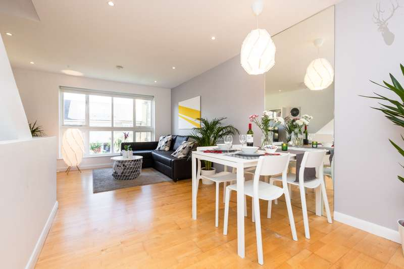 3 Bedrooms House for sale in Hampstead Walk, Bow, E3
