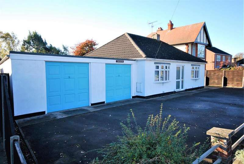 2 Bedrooms Detached Bungalow for sale in Fleet Road, Holbeach, Spalding