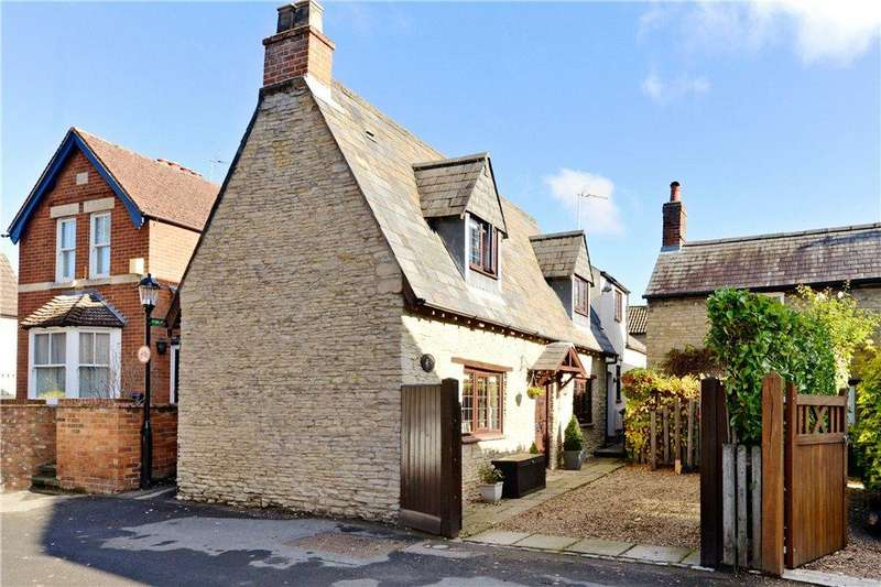 3 Bedrooms Detached House for sale in Orchard Lane, Harrold, Bedfordshire