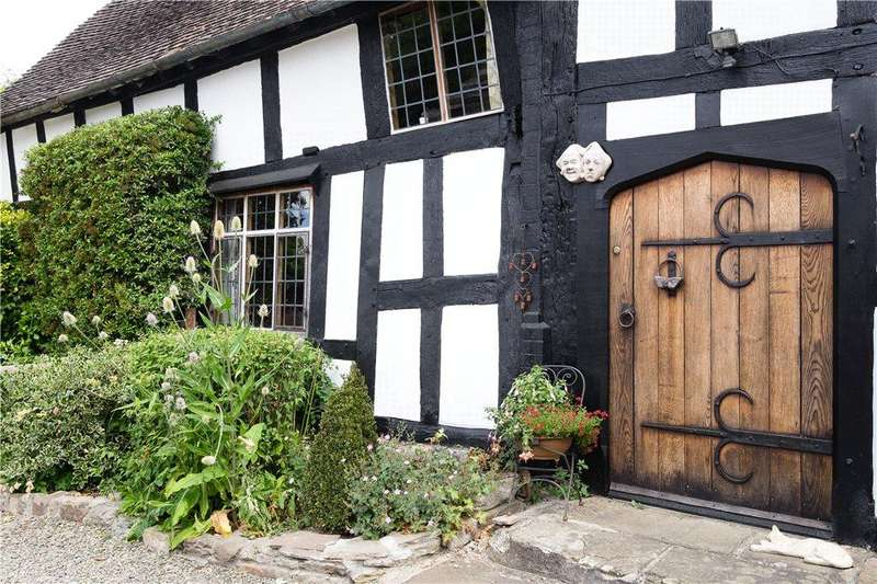 5 Bedrooms Detached House for sale in Kingsland, Leominster, HR6