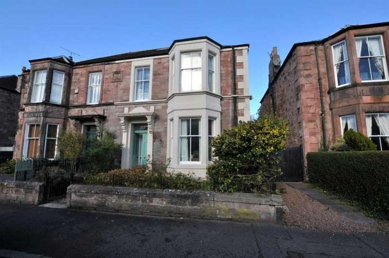 4 Bedrooms Semi Detached House for sale in 9 Glebe Terrace, Alloa, FK10 1Dl, UK