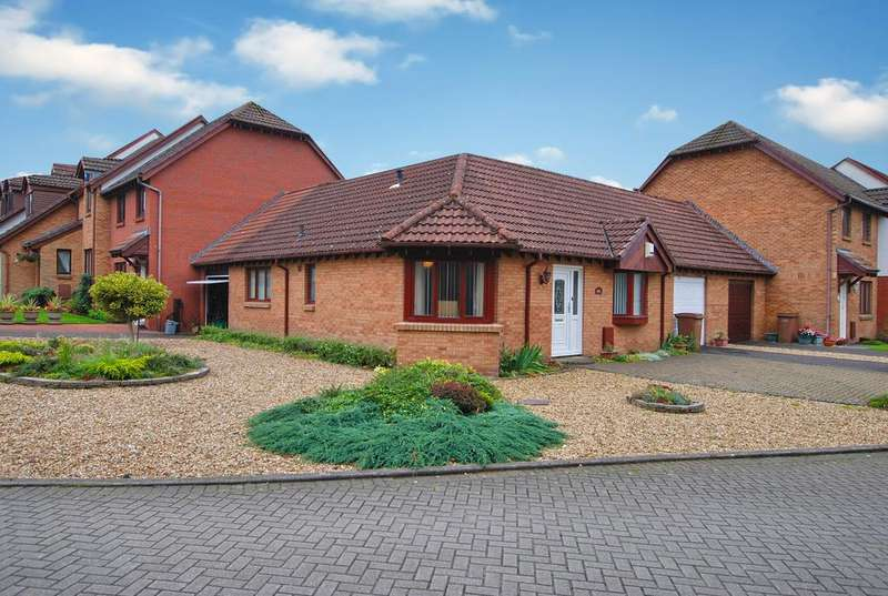 2 Bedrooms Bungalow for sale in 6 Capper View, PRESTWICK, KA9 1BH