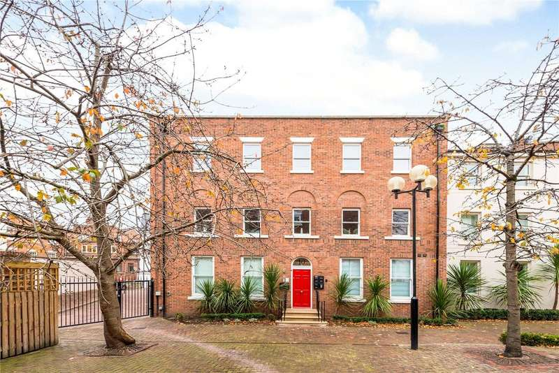 1 Bedroom Flat for sale in Heritage Court, Lower Bridge Street, Chester, CH1