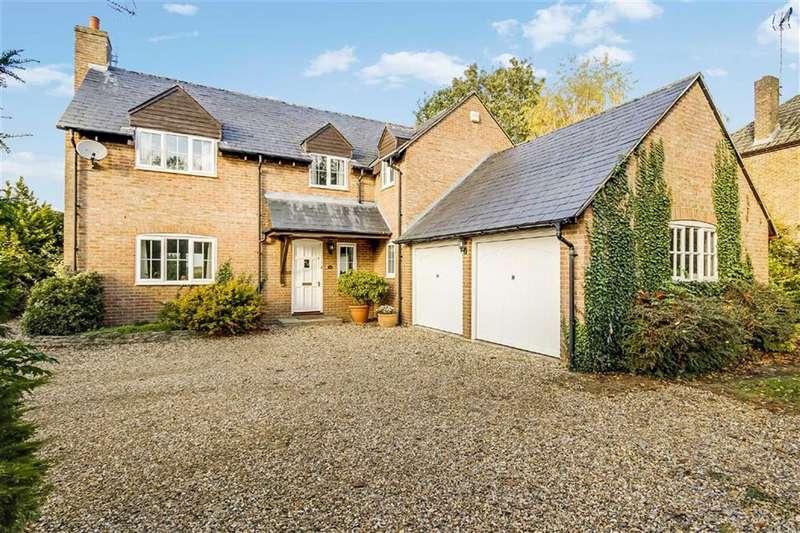4 Bedrooms Detached House for sale in The Avenue, Stanton Fitzwarren, Wiltshire